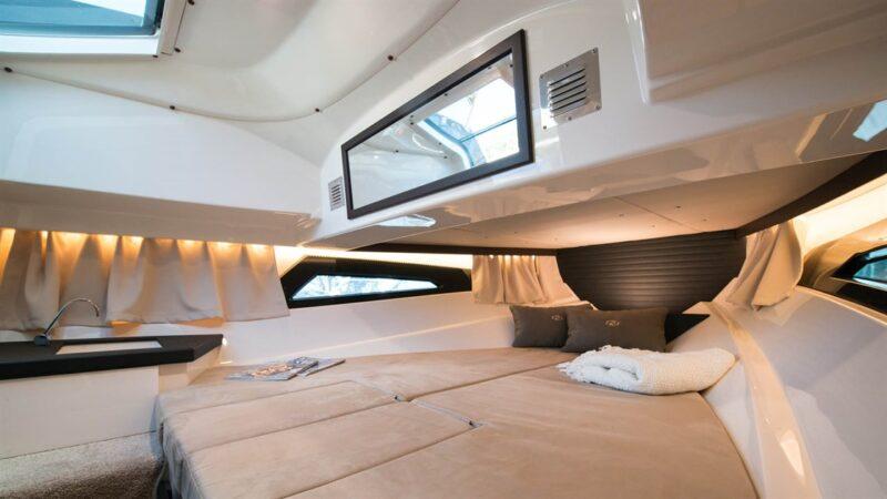 Nordkapp Enduro 805 Cabin