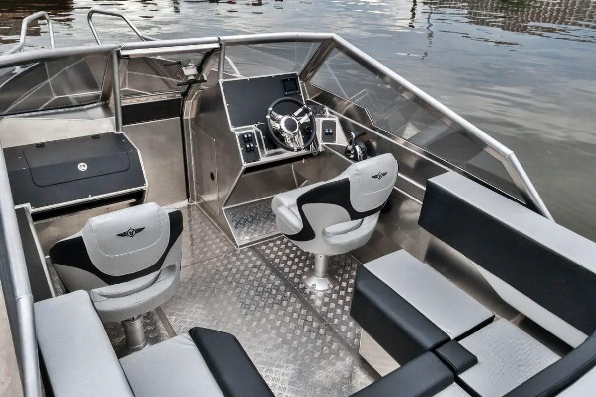 V-Boats 700 Open Vindskjerm
